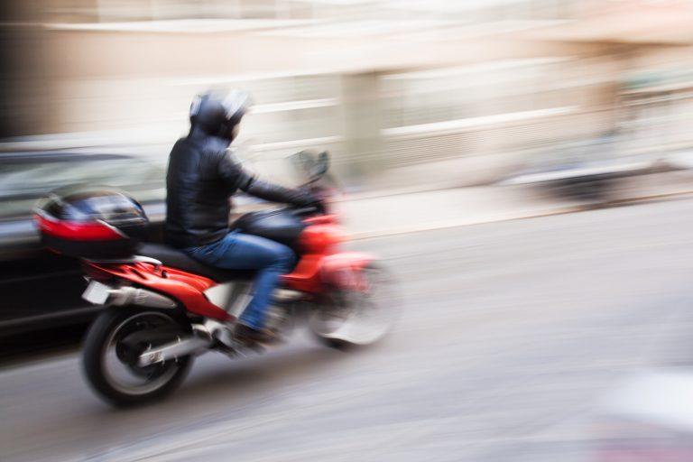 어려운 자카르타의 교통 사정과 소행 조사